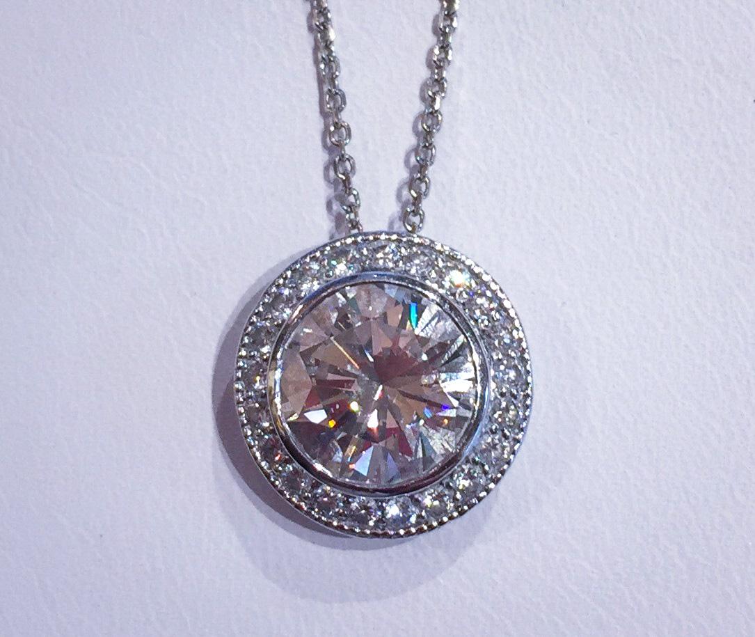 4_Carat_Diamond_Pendant